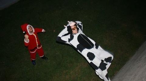 La vaca siempre llama dos veces.