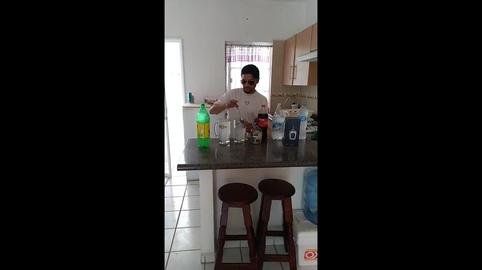 el barman #OXXOALaVueltaDeTuVida