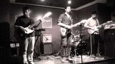 LYANN - Instrumental & Promenade @ FNAC Valencia 8 Febrero 2014