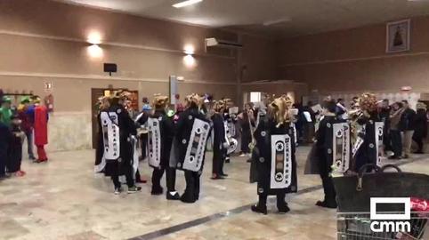"""Charanga Los Solfamidas """"Desatame"""", primer domingo de carnaval, Aldea del Rey"""