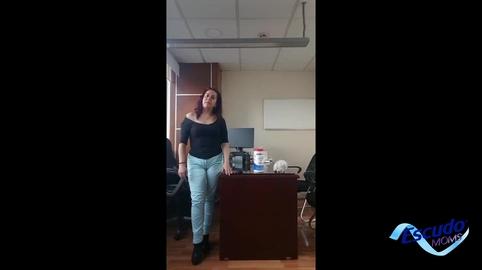 Karina Vázquez #EscudoMoms