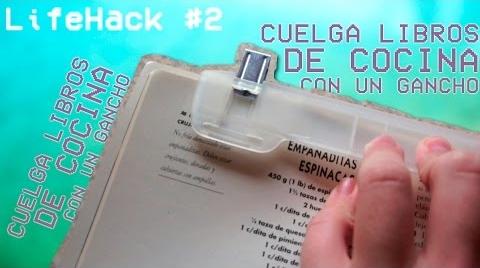 CUELGA LIBROS DE COCINA DE UN GANCHO - LifeHack #IdeasConPremio