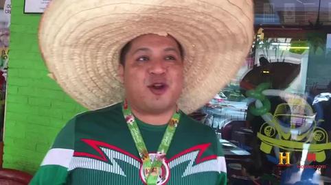 Soy Cesar y este es mi sombrero de la suerte.