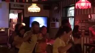 Asi se celebra un gol de colombia