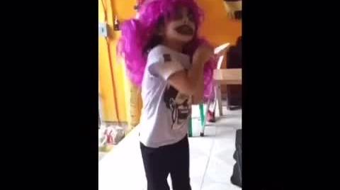 znopziibooroman, mi vídeo en la campaña  El Sabor de Tang te disfraza de terror