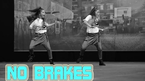 Dancing in Black and White  || NO BRAKES || Marta & Claudia || 2015